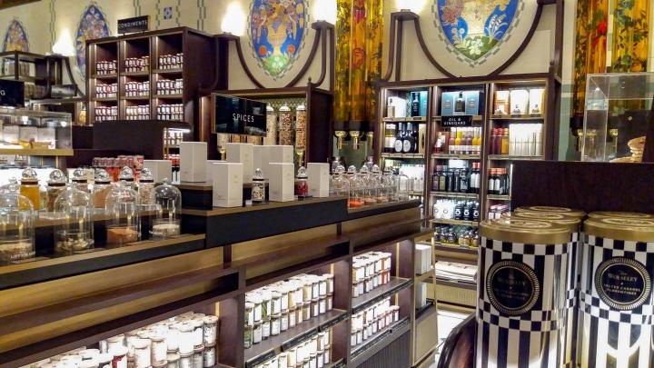 Shop & Tell: a Harrods makeuphaul