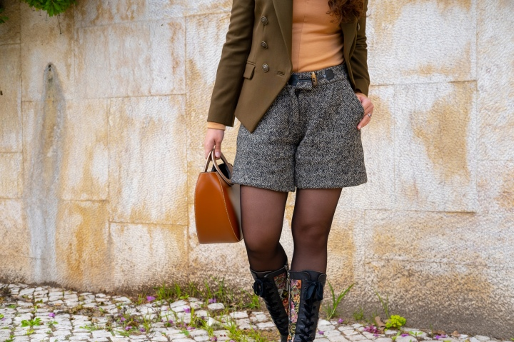 Khaki, Classy & Quirky: Styling StatementShoes