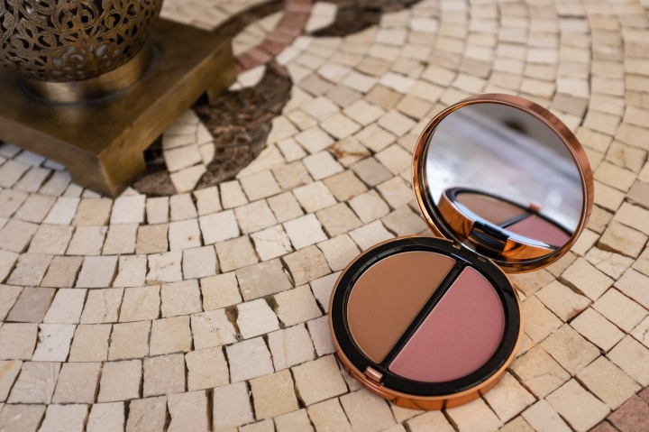 Bobbi Brown Summer Glow Collection 2020 – Bronzing Powder Duo (review, swatches)